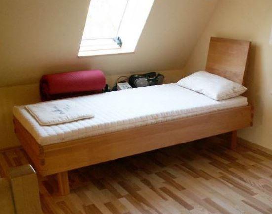91325 Bett Flora in Buche, metallfrei, Buche Massivholz mit Lehne (Relax)