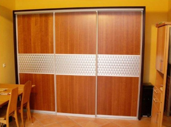 91325 Schlafzimmerschrank - Schiebetüren Kirschbaum, Edelstahlgeflecht
